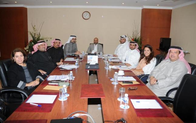 صورة لجنة المؤسسات الصغيرة والمتوسطة بالغرفة: فتح البورصة للصغيرة والمتوسطة يخدم الاقتصاد البحريني